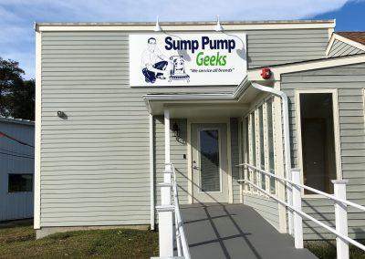 Sump Pump Geeks Building Sign